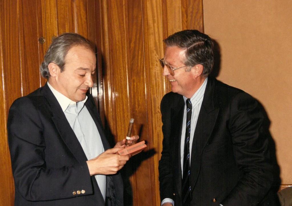 1988. Entrega I Premio Poes°a (La Dorada).Enrique Loewe y Juan Luis Panero